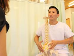 捻挫・打撲・骨折・挫傷・肉離れ・脱臼の施術写真
